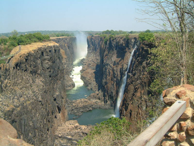 south-africa-v-falls-2-sized-as-within-our-travels